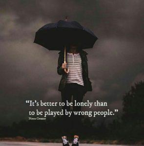 عکس نوشته جالب تنها بودن خیلی بهتر از