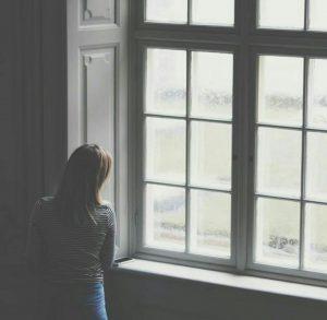 عکس پروفایل اینستاگرام مدتی میگذرد… می فهمی پنجره فکر