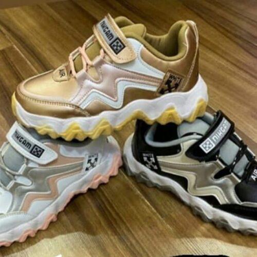 کانال پخش کفش های ورزشی ۳۱۳