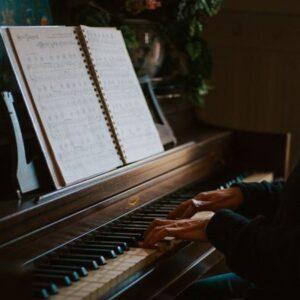 کانال خاطرات به سبک پیانو