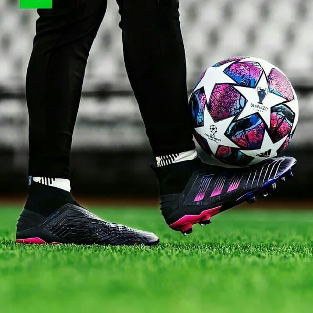 کانال فوتبال، اخبار نقل و انتقالات و حواشی فوتبالی